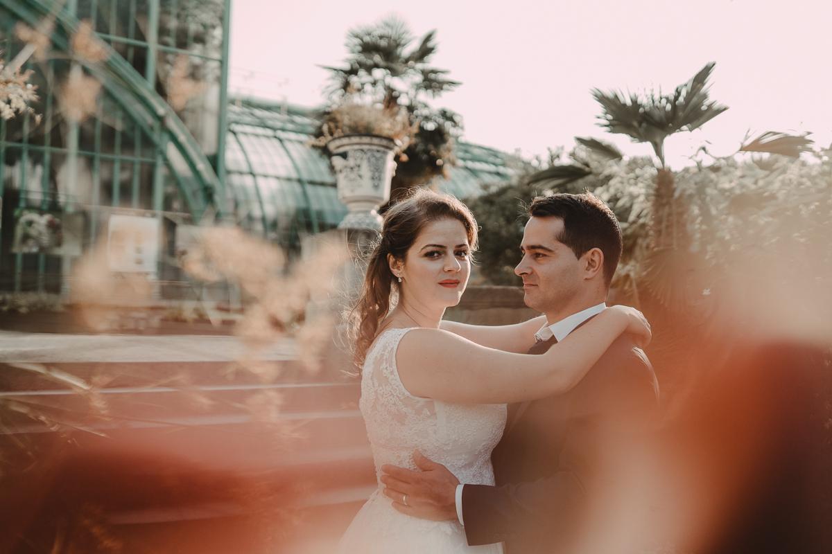 birdy bandit mariage photographe paris serres d auteuil passerelle debilly 17 - Séance mariage Day After au jardin botanique des Serres D'Auteuil de Paris
