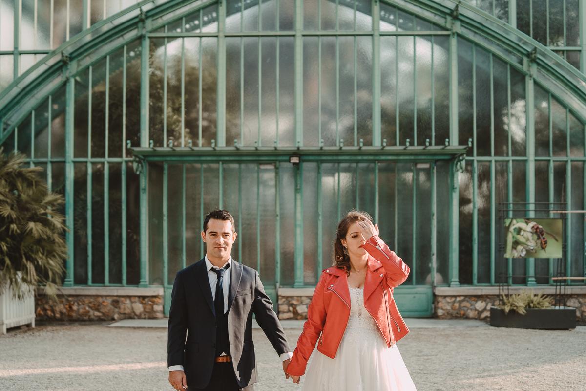 birdy bandit mariage photographe paris serres d auteuil passerelle debilly 19 - Séance mariage Day After au jardin botanique des Serres D'Auteuil de Paris