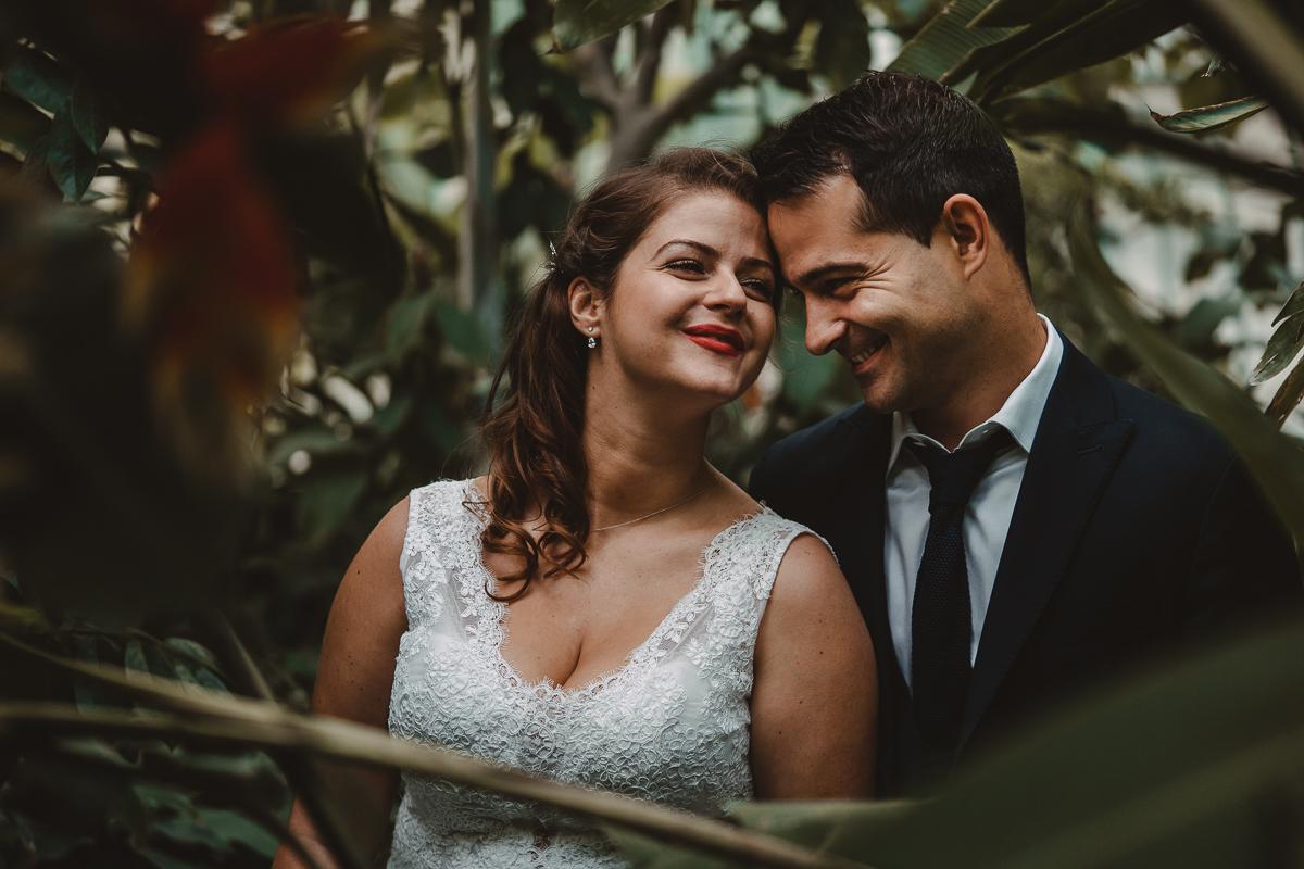 birdy bandit mariage photographe paris serres d auteuil passerelle debilly 22 - Séance mariage Day After au jardin botanique des Serres D'Auteuil de Paris