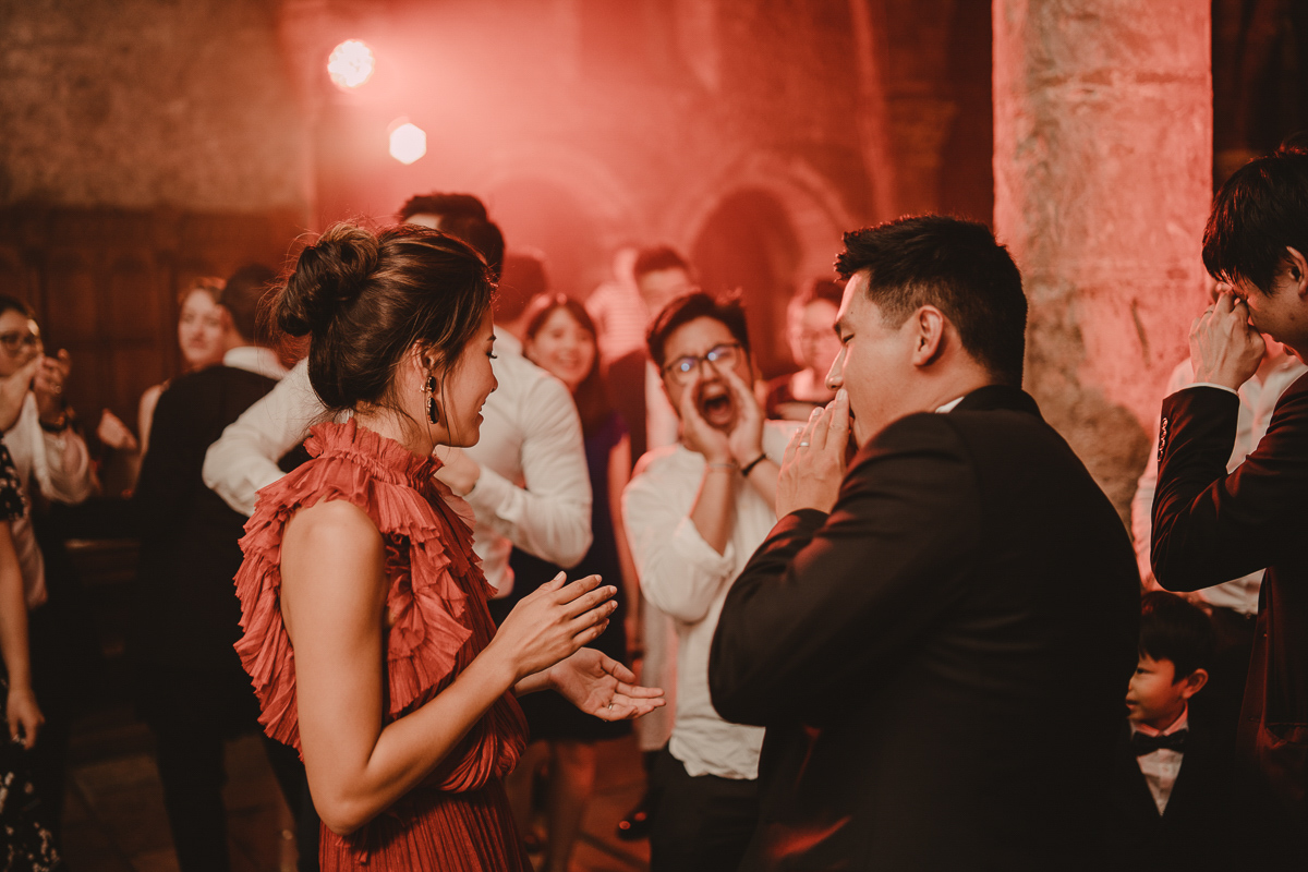 mariage abbaye vaux cernay photographe videaste ile france paris domaine moine salle wedding mariee marie destination photo cérémonie laïque laurene and the wolf chevreuse