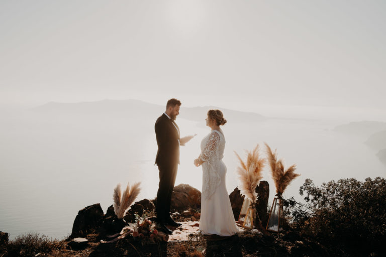 photographe mariage paris laurene and the wolf 308 768x512 - Santorini elopement : Katie + James
