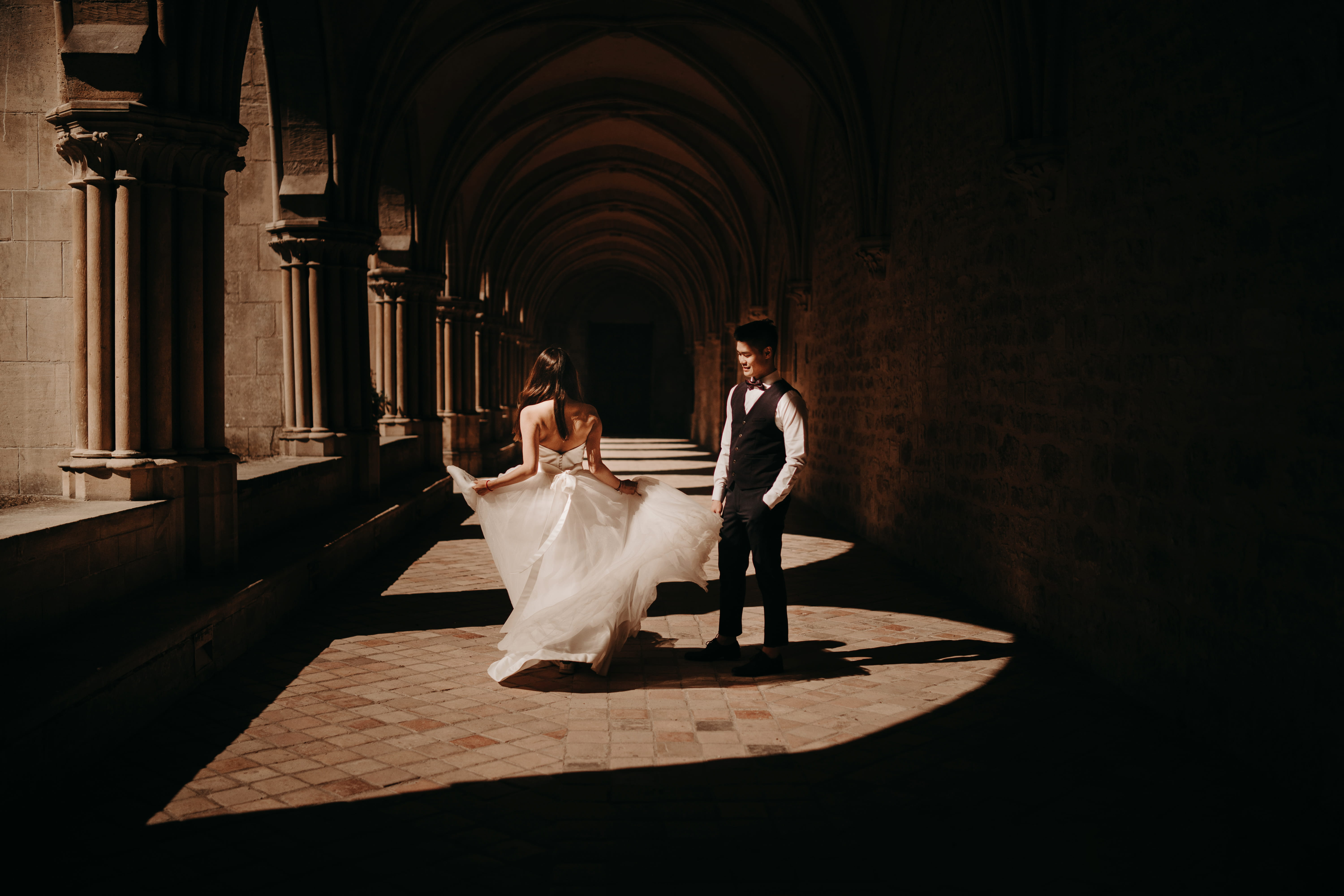 seance day after mariage wedding abbaye de royaumont val d'oise photographe laurène and the wolf