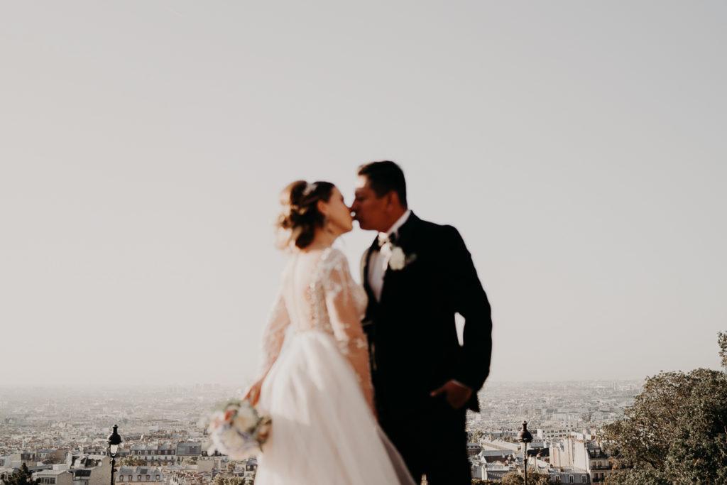 LaureneAndTheWolf montmartre tour eiffel Paris 33 2 1024x683 - Elopement à Paris - shooting Tour Eiffel, Montmartre, FR
