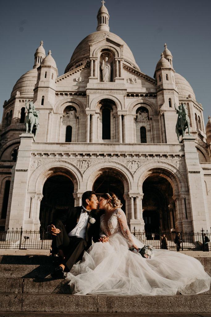 LaureneAndTheWolf montmartre tour eiffel Paris 40 2 683x1024 - Elopement à Paris - shooting Tour Eiffel, Montmartre, FR