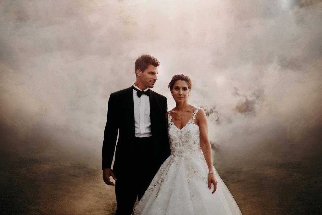 LaureneAndTheWolf chateau Bouffemont Paris 115 1024x683 - Fumigènes de couleur pour votre mariage