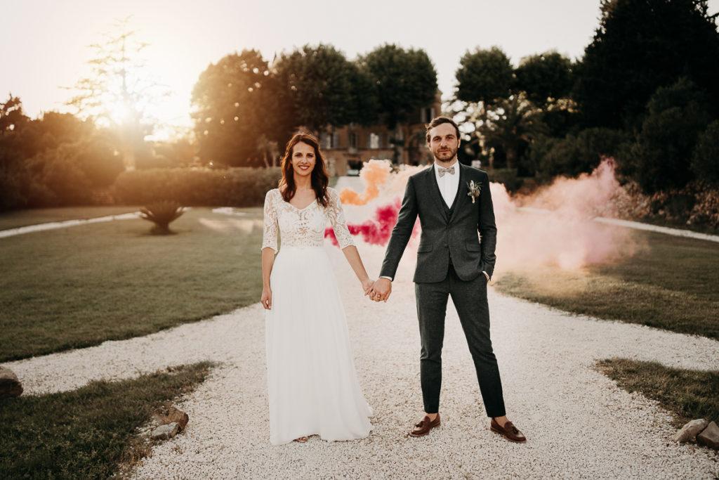 laurene and the wolf fumigenes smoke bombs 11 1024x683 - Fumigènes de couleur pour votre mariage