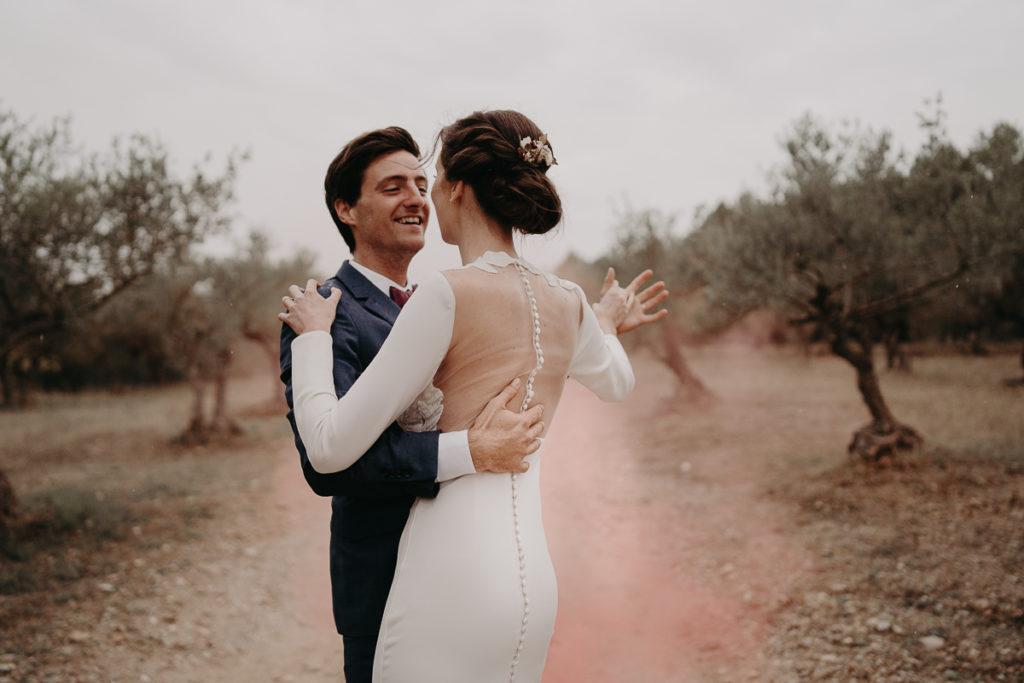 laurene and the wolf fumigenes smoke bombs 21 1024x683 - Fumigènes de couleur pour votre mariage