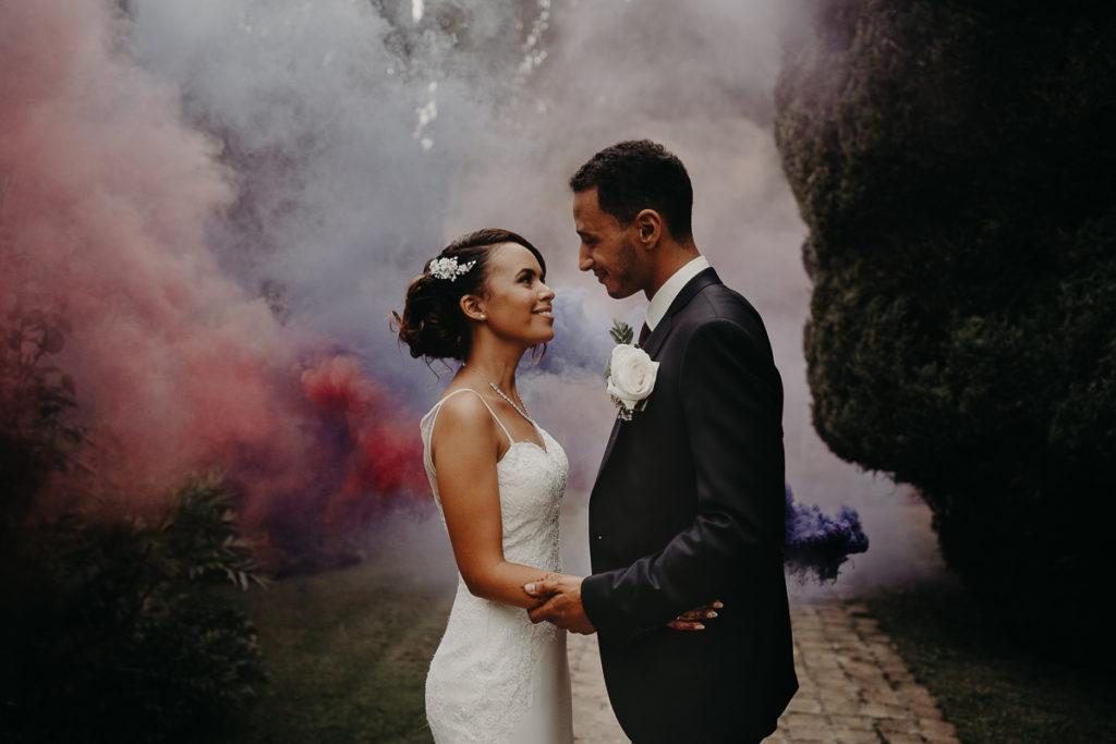 laurene and the wolf fumigenes smoke bombs 30 1024x683 - Fumigènes de couleur pour votre mariage