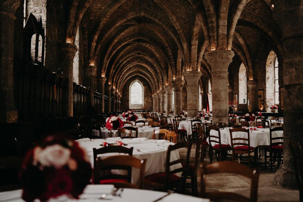 laurene and the wolf abbaye des vaux de cernay 22 1024x683 - Mariage à l'Abbaye des Vaux de Cernay : Alice et Simon