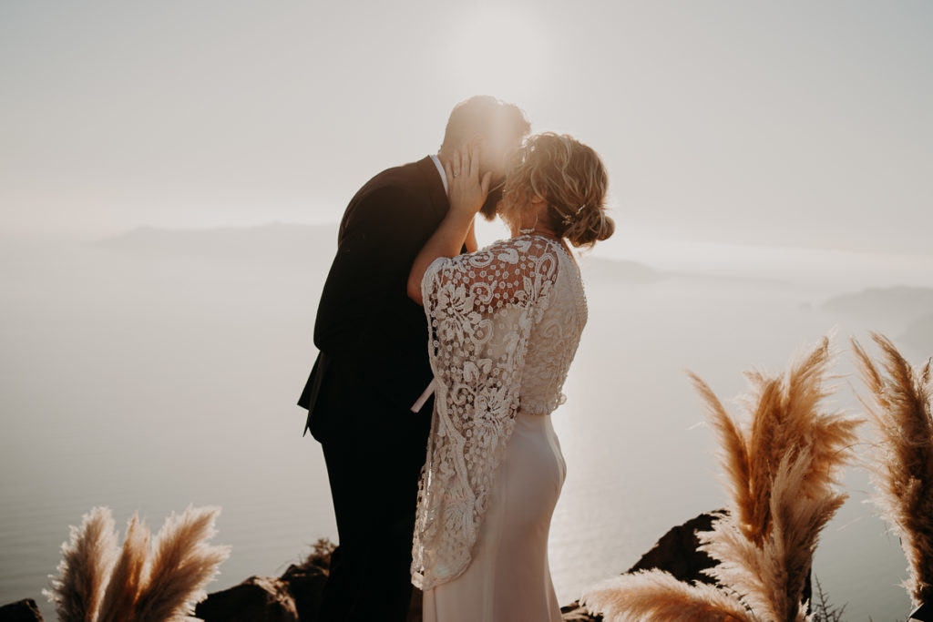 laurene and the wolf elopement santorin julia and evita 118 1024x683 - Santorini elopement : Katie + James