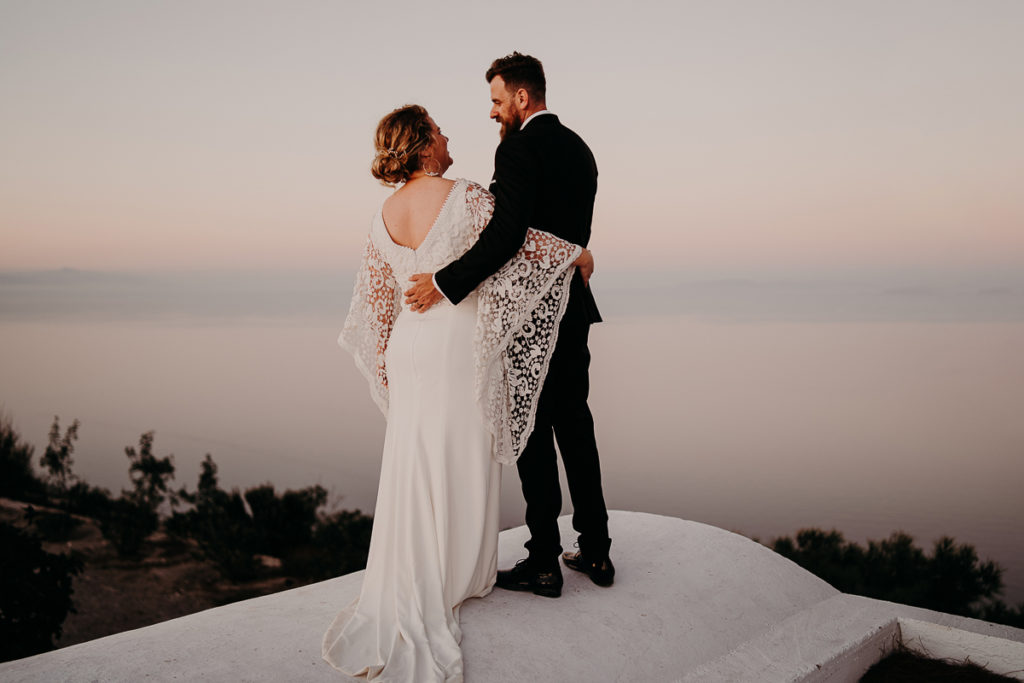 laurene and the wolf elopement santorin julia and evita 151 1024x683 - Santorini elopement : Katie + James