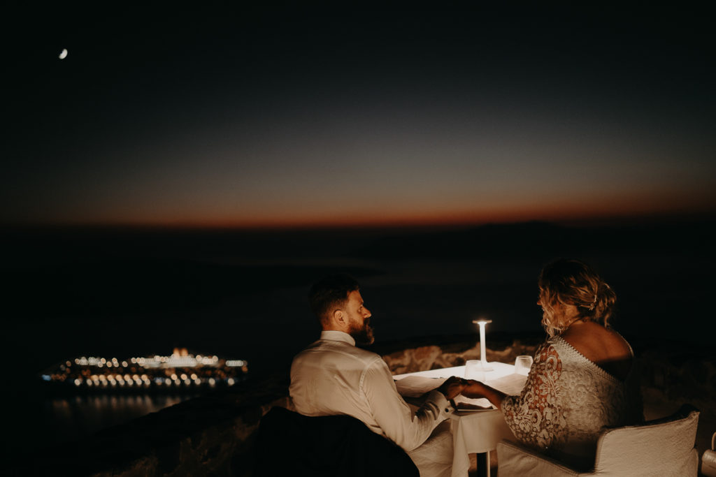 laurene and the wolf elopement santorin julia and evita 159 1024x683 - Santorini elopement : Katie + James