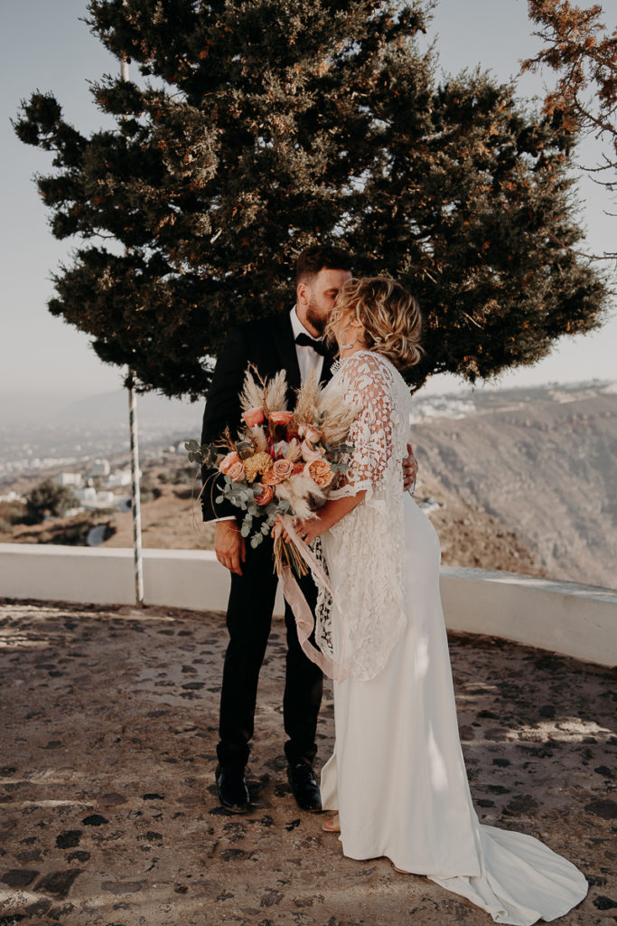laurene and the wolf elopement santorin julia and evita 60 1 683x1024 - Santorini elopement : Katie + James