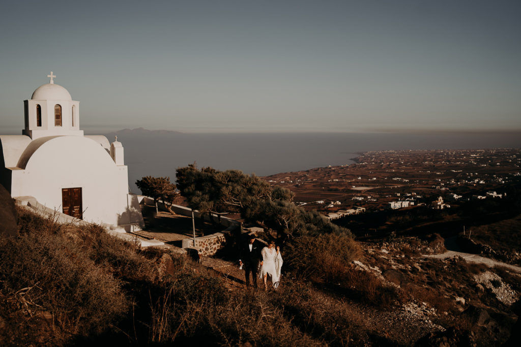laurene and the wolf elopement santorin julia and evita 84 1 1024x683 - Santorini elopement : Katie + James