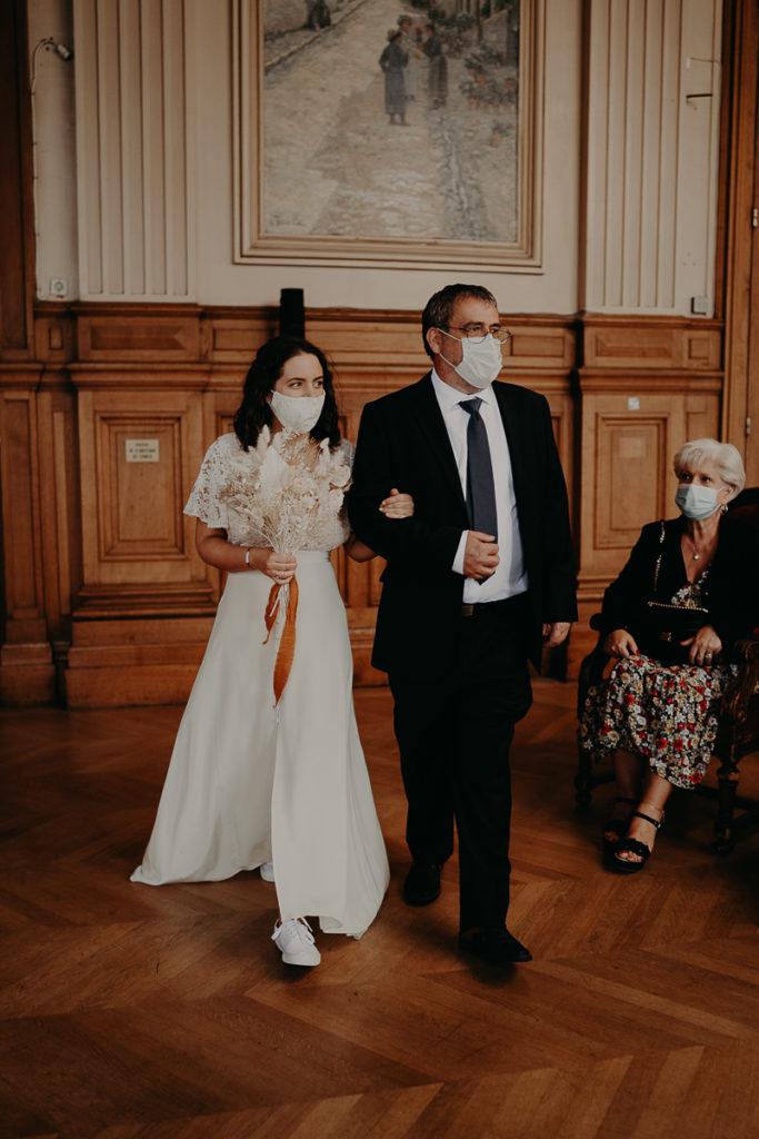 mariage paris urbain boheme 184 683x1024 - Mariage bohème et urbain à Paris