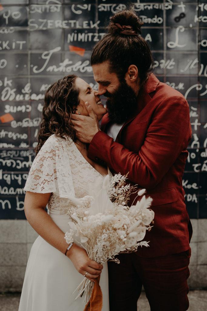 mariage paris urbain boheme 281 683x1024 - Mariage bohème et urbain à Paris
