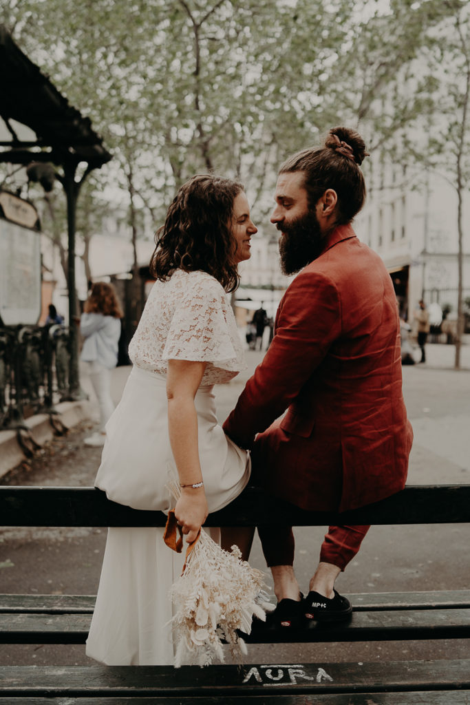 mariage paris urbain boheme 312 683x1024 - Mariage bohème et urbain à Paris